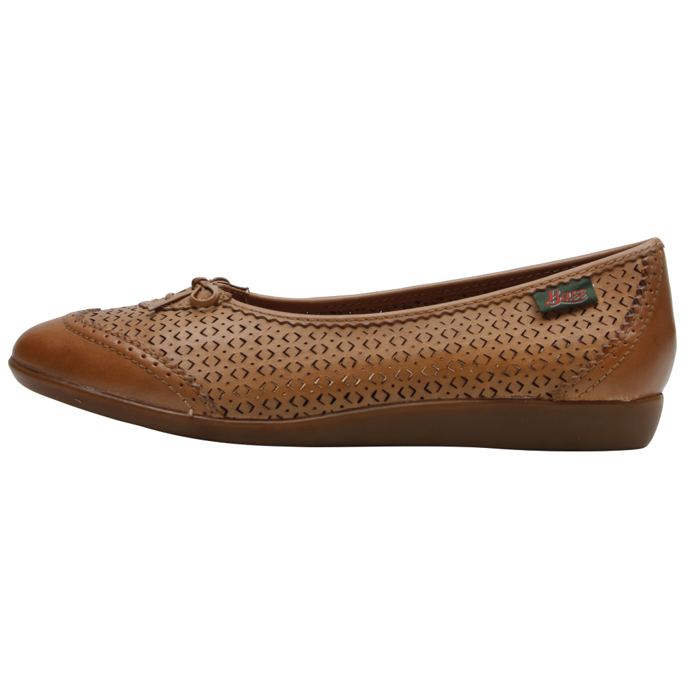 Bass Caley Flats - Women - ShoeBacca.com
