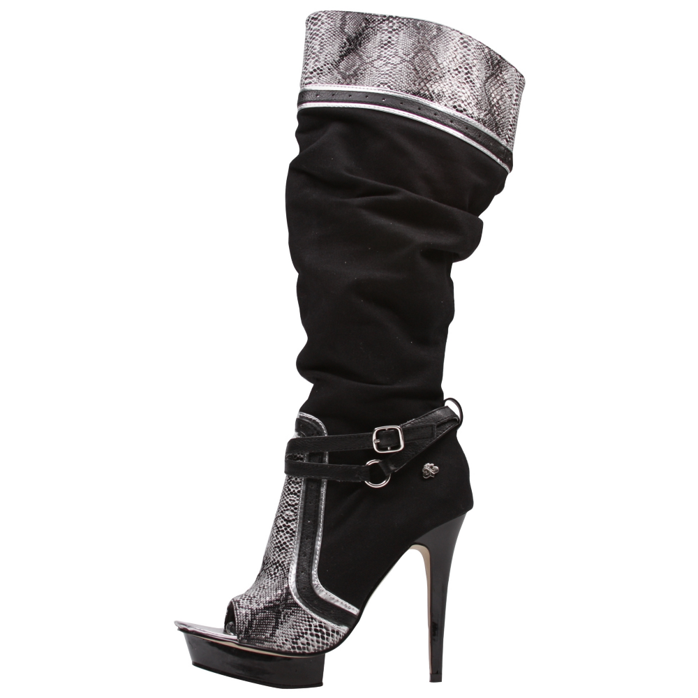 Dereon Coast 2 Heels Wedges - Women - ShoeBacca.com