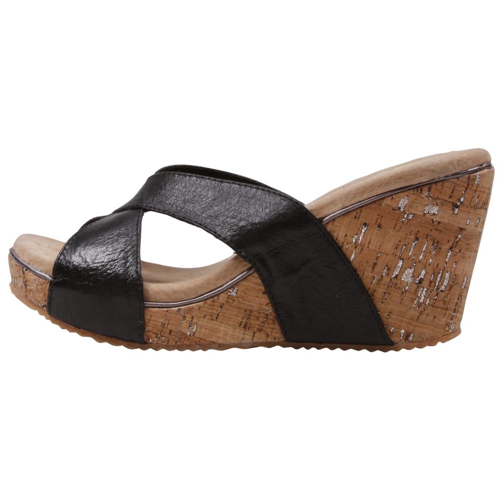 Volatile Foundue Sandals Shoe - Women - ShoeBacca.com