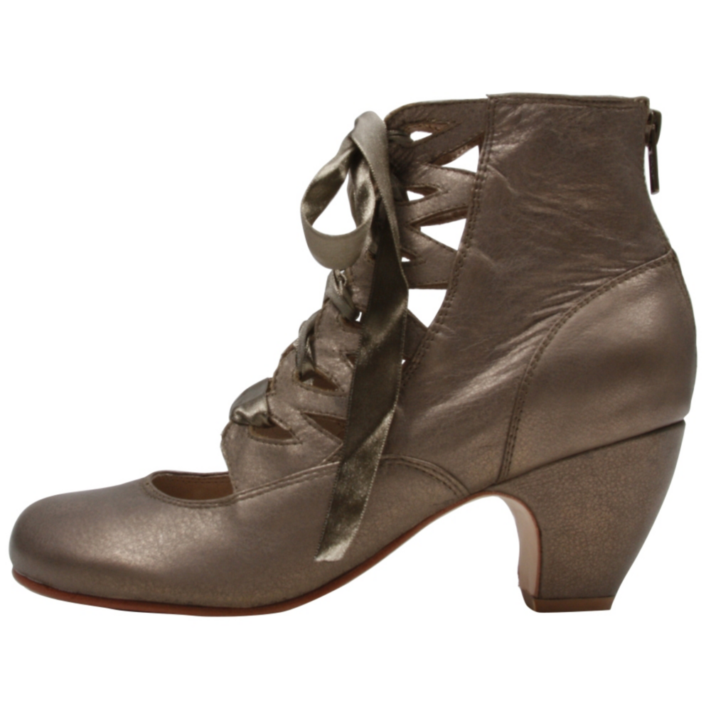 GeeWaWa Larue Boots - Fashion Shoe - Women - ShoeBacca.com