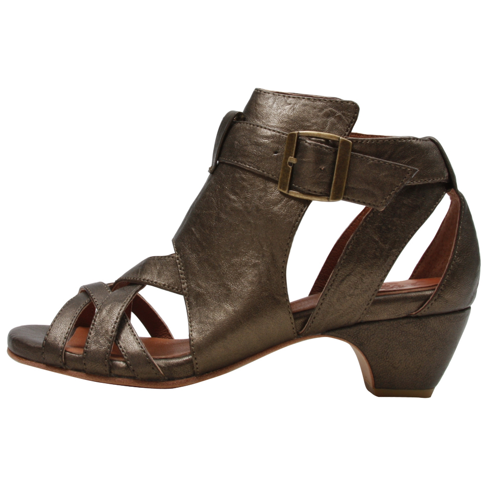 GeeWaWa Brave Heels Wedges Shoe - Women - ShoeBacca.com