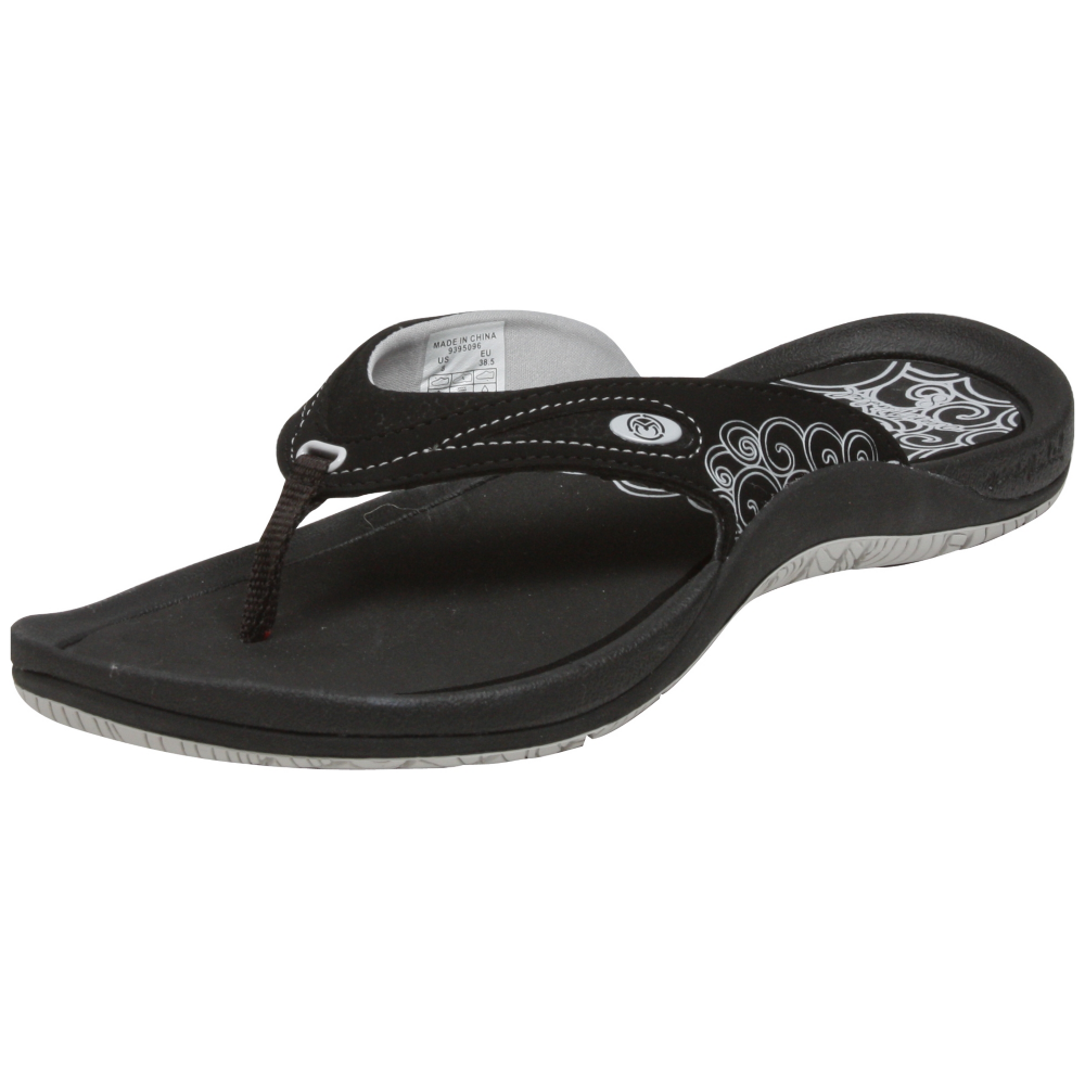 Ocean Minded Tamaroak Sandals Shoe - Women - ShoeBacca.com