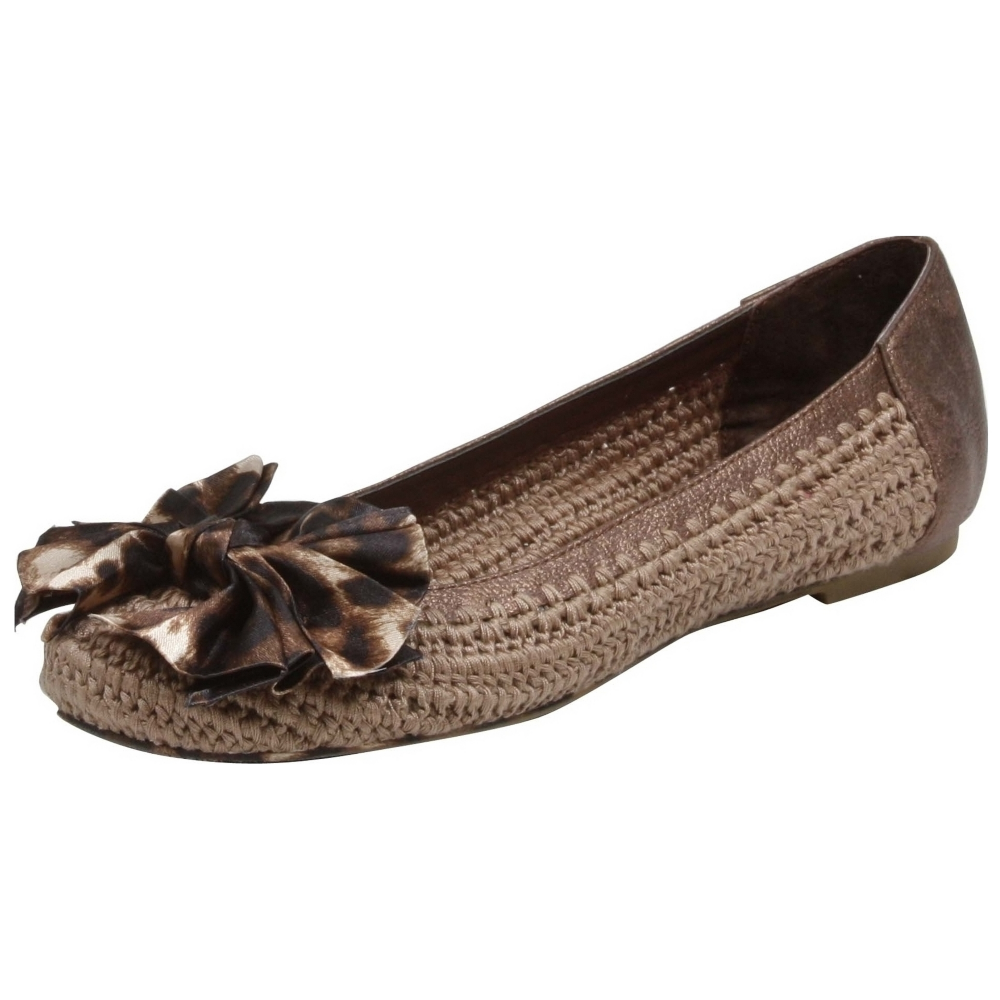 Betsey Johnson Tammiee Flats Shoe - Women - ShoeBacca.com