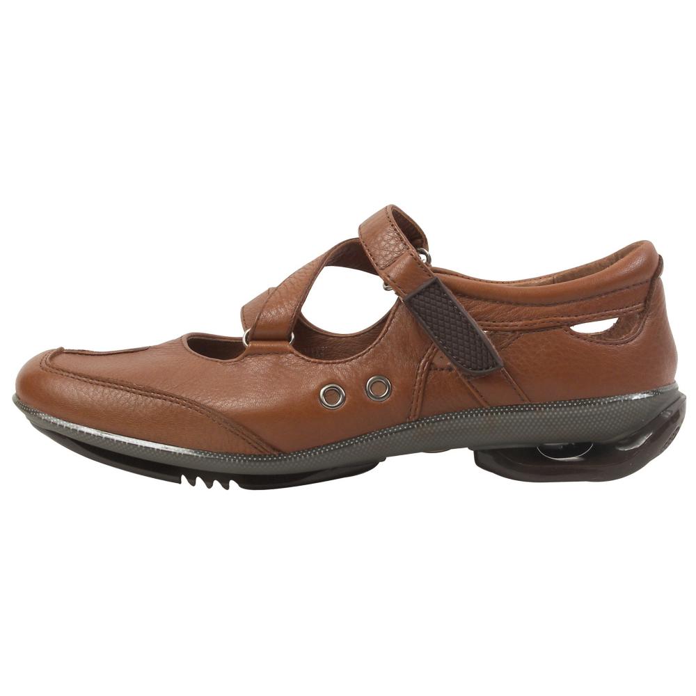 asgi Breeze Z Mary Janes Shoes - Women - ShoeBacca.com
