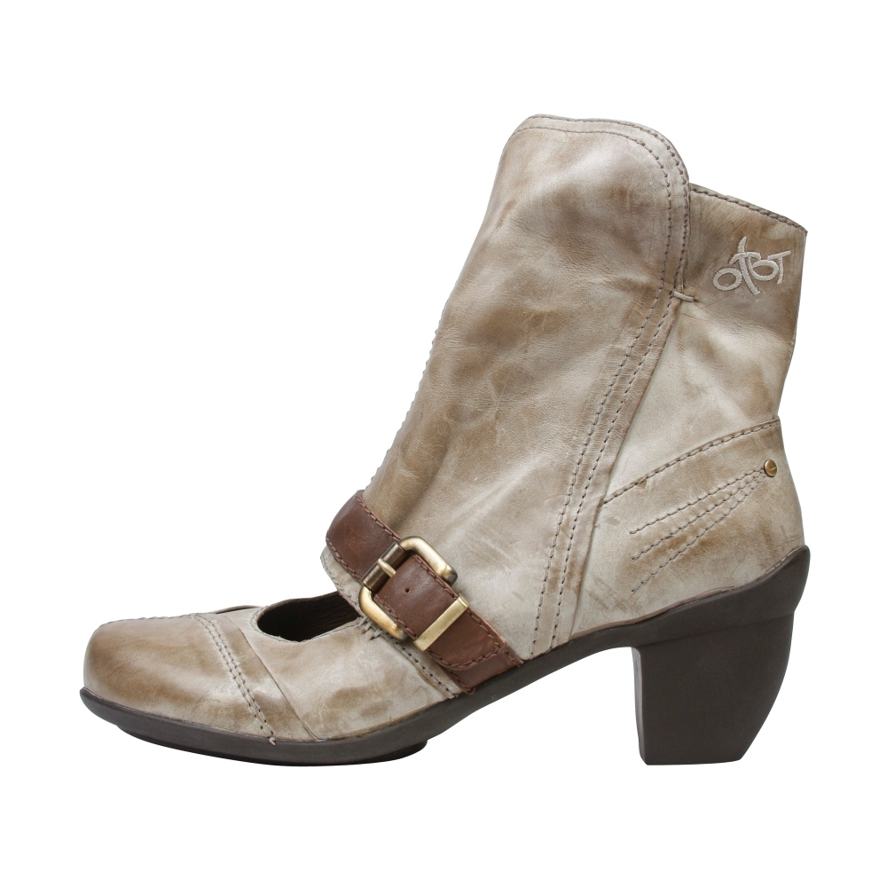 OTBT Elkhart Casual Boots - Women - ShoeBacca.com