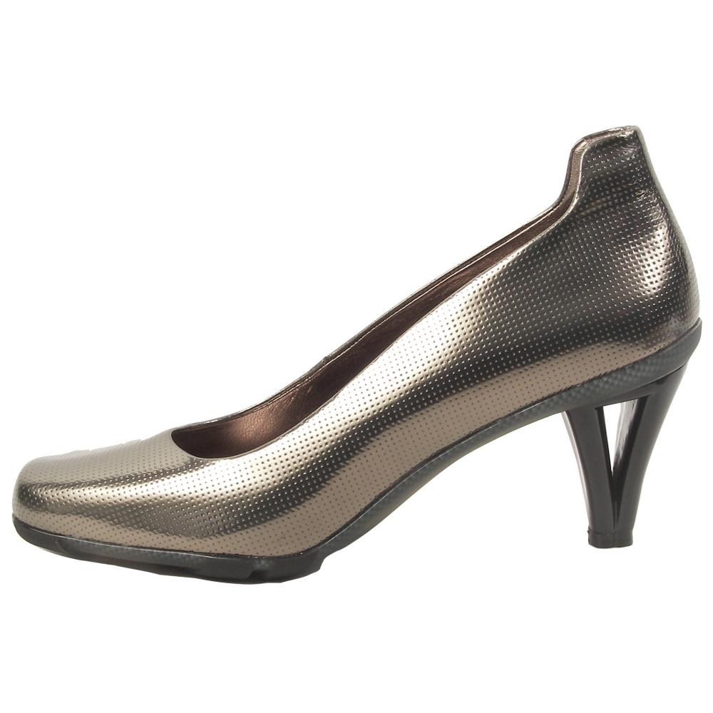 asgi Dolce Wedges - Women - ShoeBacca.com