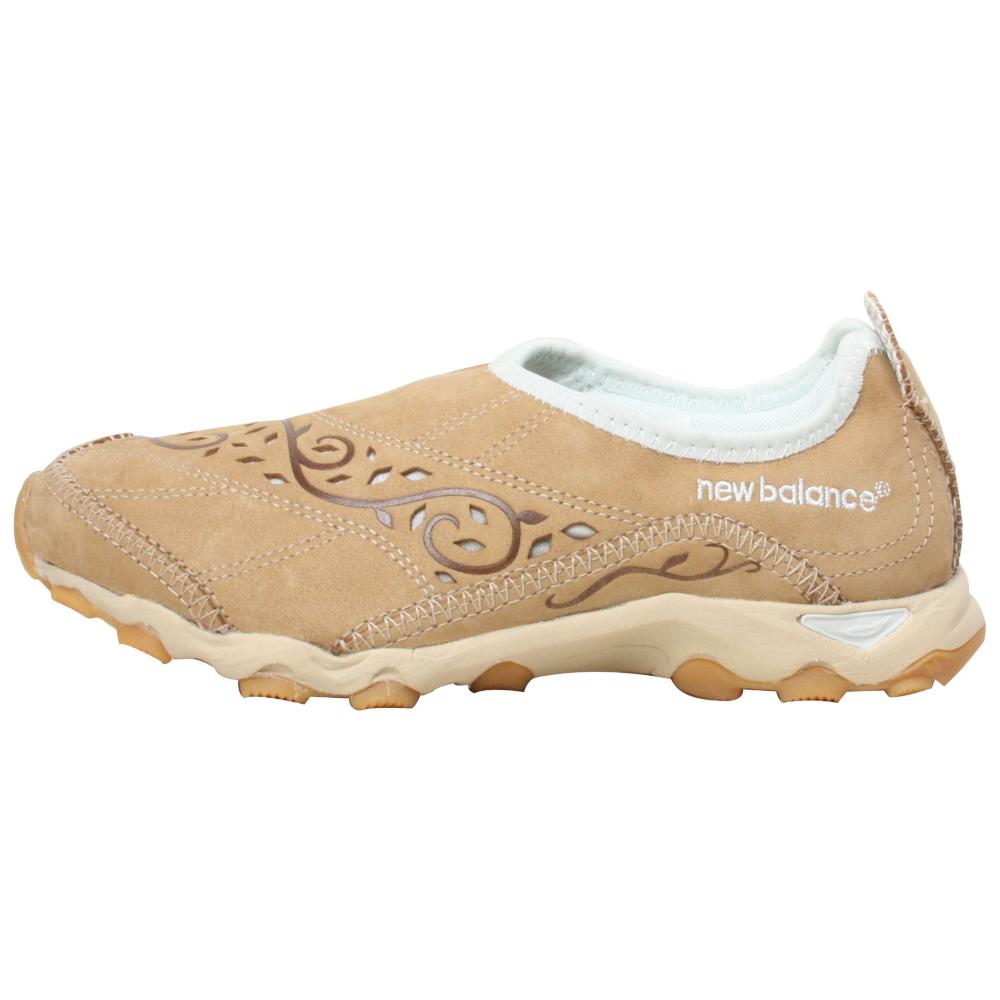 New Balance 800 Slip-On Shoes - Women - ShoeBacca.com