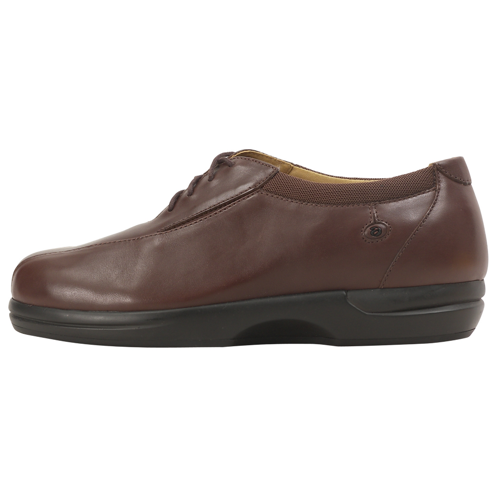 Aravon Delta Oxfords - Women - ShoeBacca.com