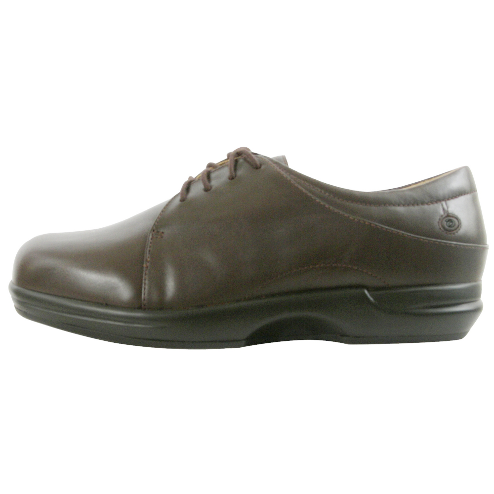 Aravon Devon Oxfords - Women - ShoeBacca.com