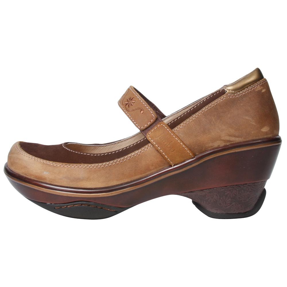 Jambu Dublin Athletic Inspired Shoes - Women - ShoeBacca.com
