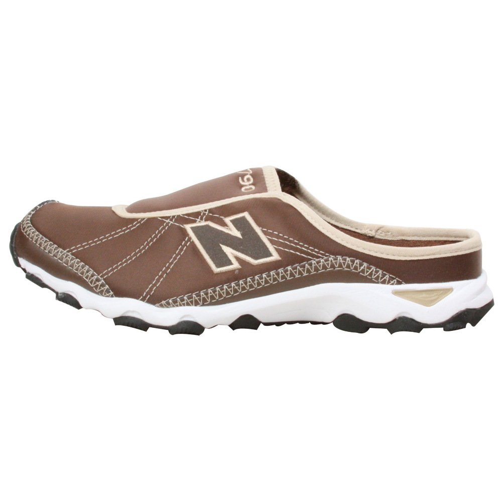 New Balance 790 Slip-On Shoes - Women - ShoeBacca.com