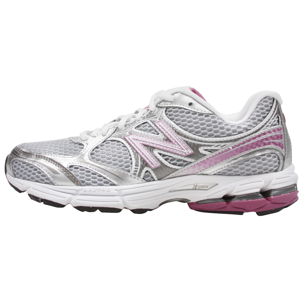 New Balance 770 Running Shoes - Women - ShoeBacca.com