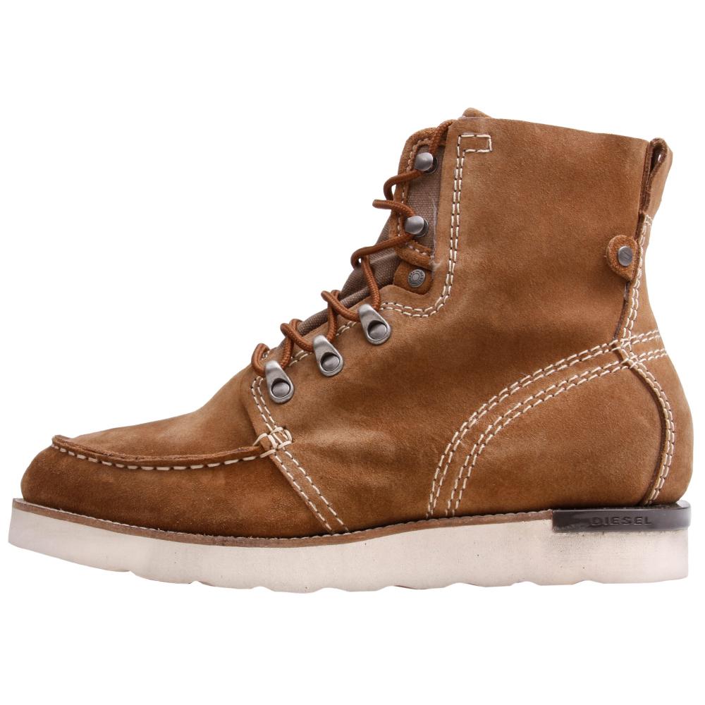 Diesel Builder Casual Boots - Men - ShoeBacca.com