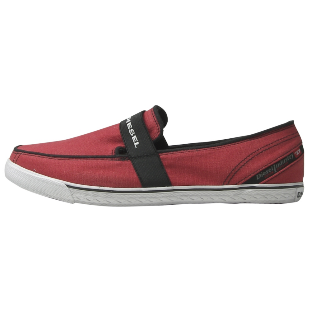 Diesel Freegood Slip-On Shoes - Men - ShoeBacca.com