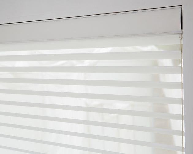 Linen/ White 15142