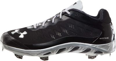 Under Armour Men's Spine Low Metal Baseball Cleats