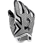 UA SWARM FOOTBALL GLOVE