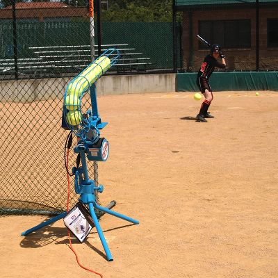 Jugs Sports Lite Flite Pitching Machine Softball Feeder