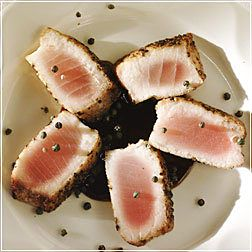 Seared Tuna Steak au Poivre