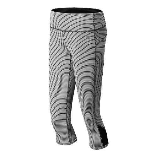 Womens New Balance Achieve Reversible Capri Tights - Black/Silver Mink XL