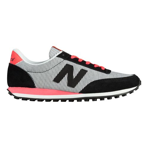 Womens New Balance 410 Casual Shoe - Black/Pink 7.5