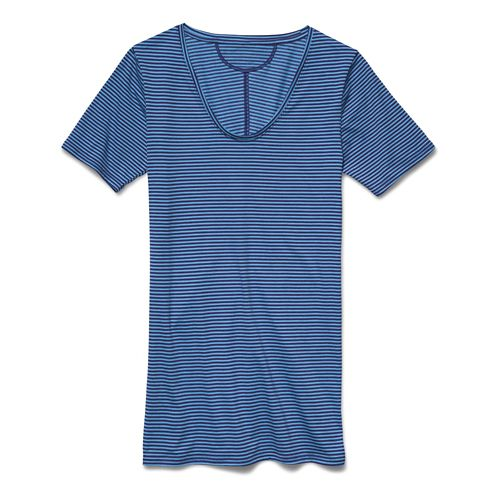 Women's Under Armour�Long and Lean Novelty Shortsleeve V-Neck