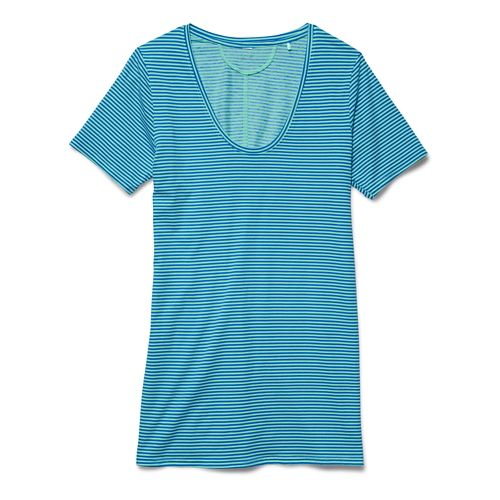 Womens Under Armour Long and Lean Novelty V-Neck Short Sleeve Technical Tops - Crystal S ...