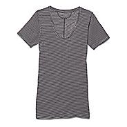 Womens Under Armour Long and Lean Novelty V-Neck Short Sleeve Technical Tops