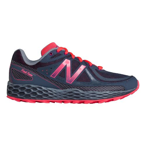 Womens New Balance Fresh Foam Hierro Trail Running Shoe - Grey/Pink 7