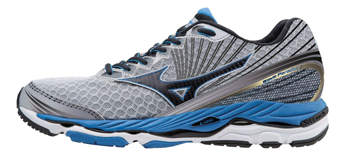 Roadrunner sports automatically renews your VIP membership for $ the following year. I purchased shoes last year and joined to save the shipping. I was surprised to see the renewal charge on my credit card bill this month. The info on the site currently says