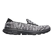 Womens Skechers GO Walk 3 Crazed Casual Shoe