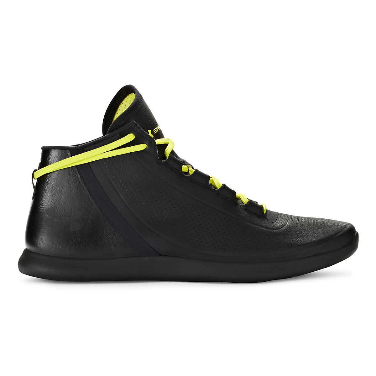 Women's Under Armour�StudioLux Mid S
