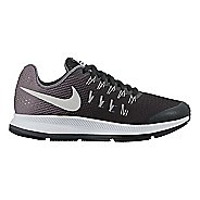 Kids Nike Air Zoom Pegasus 33 Running Shoe - Black 1Y