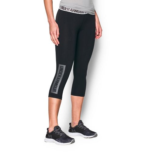 Womens Under Armour Favorite Capris Pants - Black/Graphite L