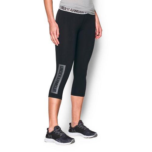 Womens Under Armour Favorite Capris Pants - Black/Graphite XS