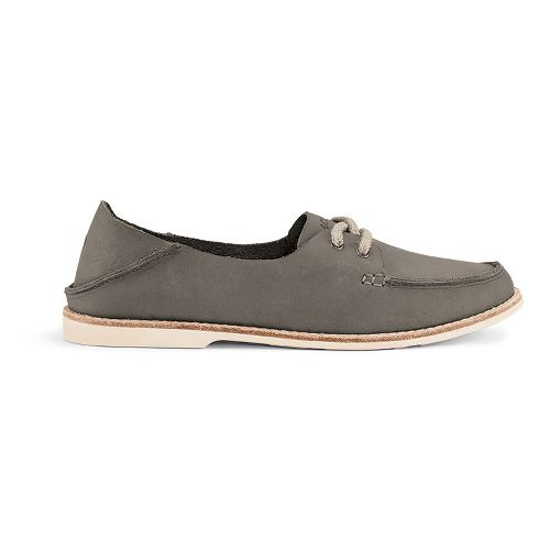 Womens OluKai Moku Leather Casual Shoe - Fog 8