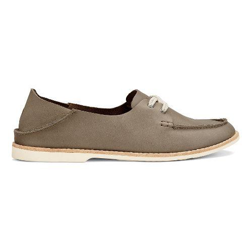 Womens OluKai Moku Leather Casual Shoe - Clay 9