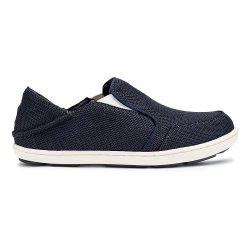 Kids OluKai Nohea Mesh Boys Casual Shoe - Carbon/Off White 12C
