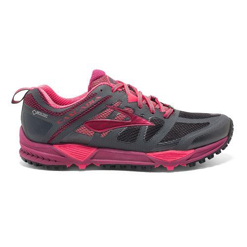 Womens Brooks Cascadia 11 GTX Trail Running Shoe - Anthracite/Berry 10.5
