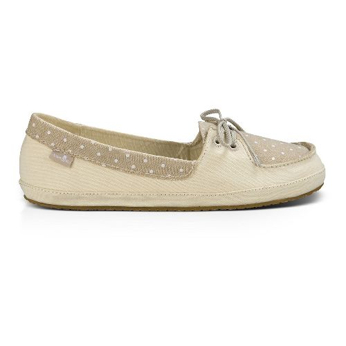 Womens Sanuk Drop It Like Its Yacht Casual Shoe - Ivory 5
