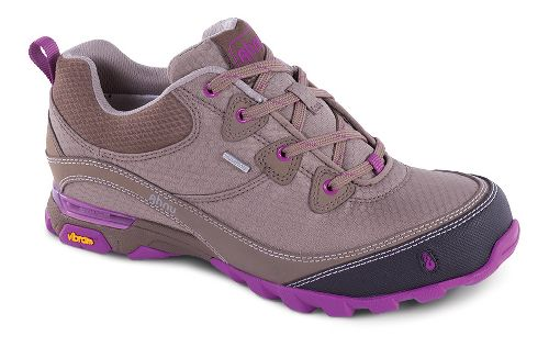Womens Ahnu Sugarpine Hiking Shoe - Alder Bark 9