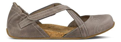 Womens Ahnu Karma Latitude Leather Casual Shoe - Mesa Taupe 7