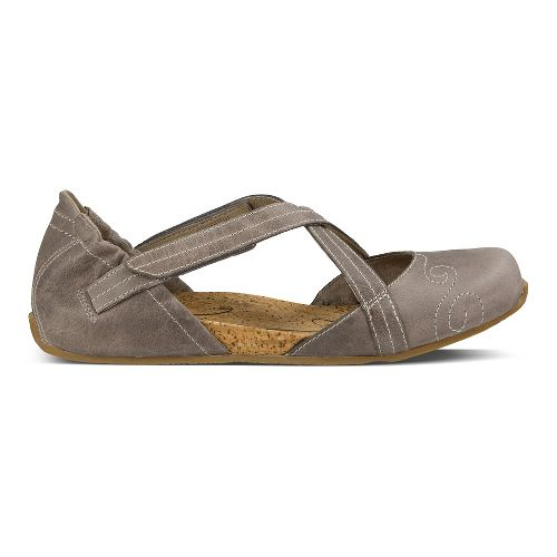 Womens Ahnu Karma Latitude Leather Casual Shoe - Mesa Taupe 9