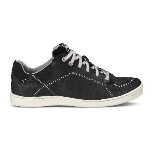 Womens Ahnu Noe Leather Walking Shoe - Black 9