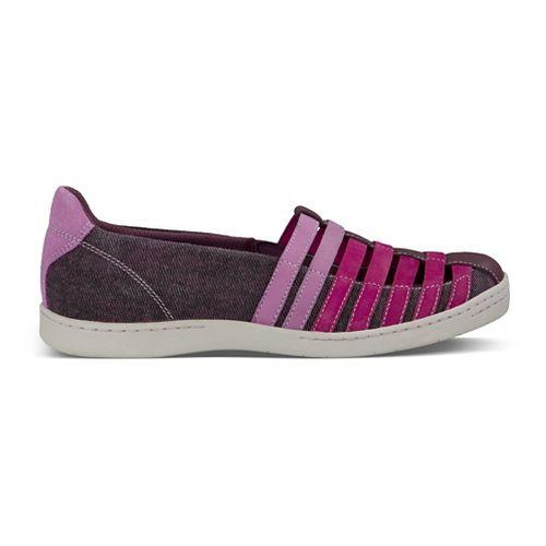 Womens Ahnu North Point Casual Shoe - Dark Plum 6