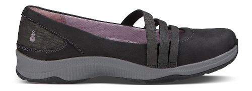 Womens Ahnu Merritt Casual Shoe - Black 7