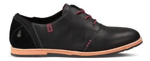 Womens Ahnu Emery Casual Shoe - Black 8