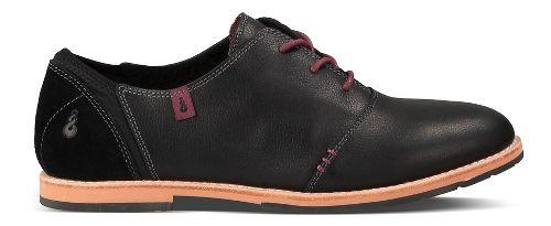 Womens Ahnu Emery Casual Shoe - Black 8.5