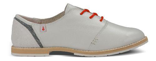 Womens Ahnu Emery Casual Shoe - Stone White 11