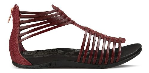 Womens Ahnu Asha Sandals Shoe - Oxblood 5